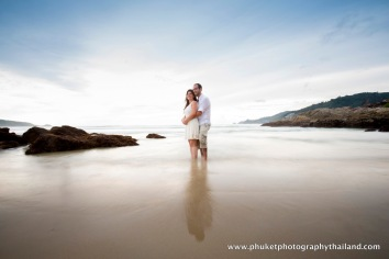 couple photoshoot at patong beach,phuket