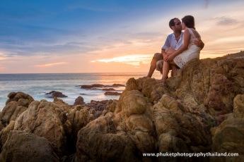 couple photography at patong beach