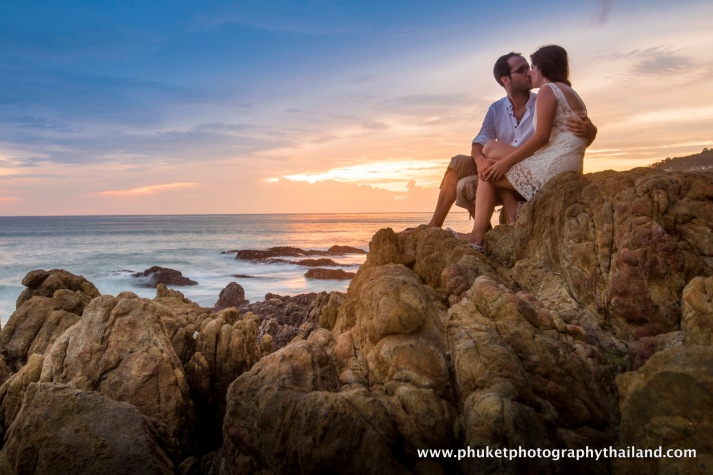 couple photography at patong beach