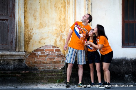 family photography at phuket old town