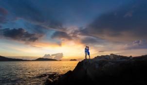 cropped-couple-at-kalim-beach-phuket-thailand-066.jpg