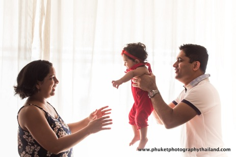 family photography at le meridien phuket-004