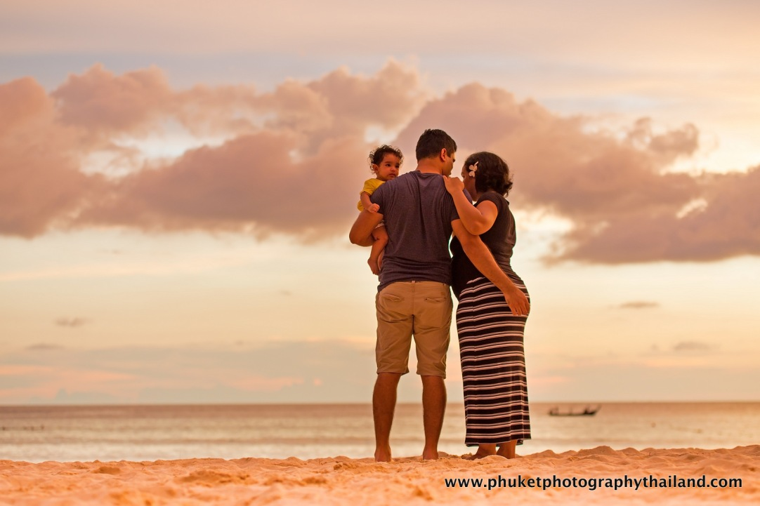 family photography at le meridien phuket-025