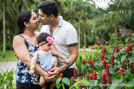 family photography at le meridien phuket