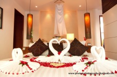 Deno & Megan wedding at patong beach , phuket.1-482