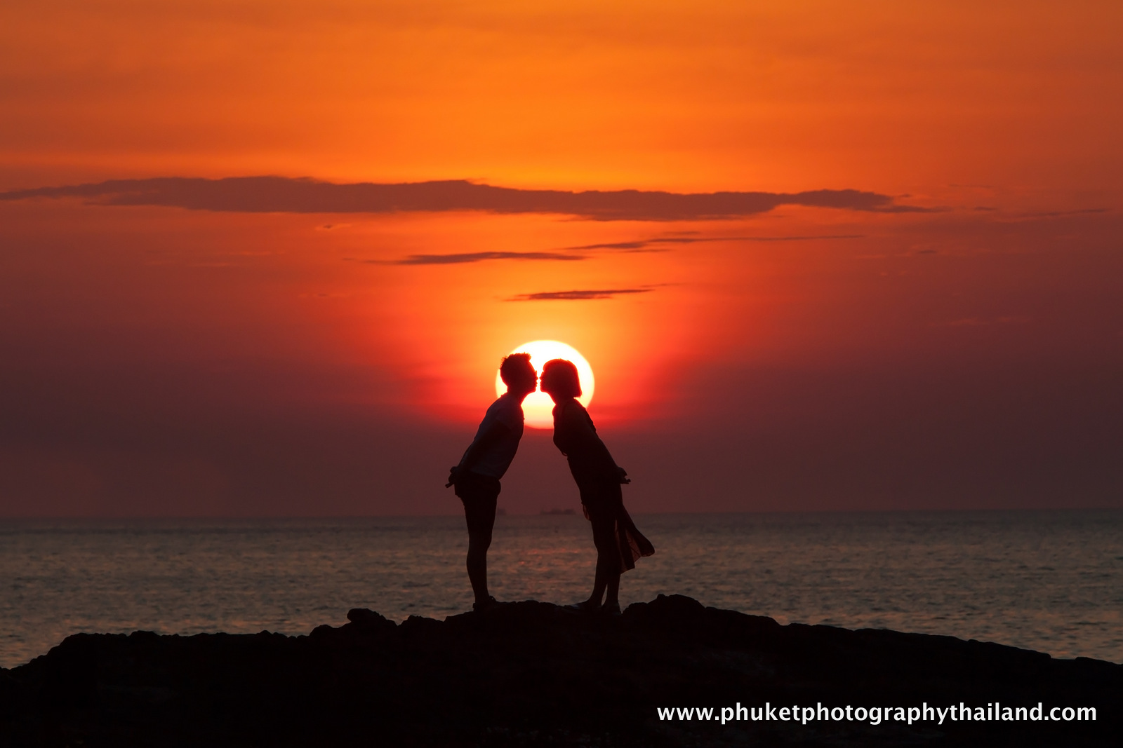 couple photoshoot at patong beach , phuket