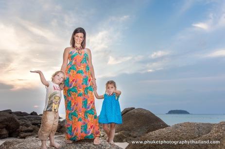 family photoshoot at kata noi , phuket-107
