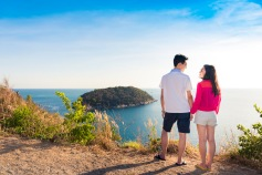 Honeymoon photo session at ya nui viewpoint phuket thailand