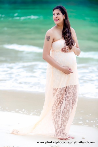 Maternity photoshoot at pranang & railey beach krabi