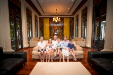 family reunion photoshoot at khao lak11