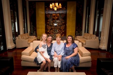 family reunion photoshoot at khao lak19